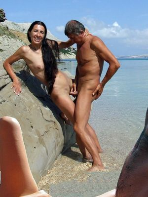 maslins beach nudist