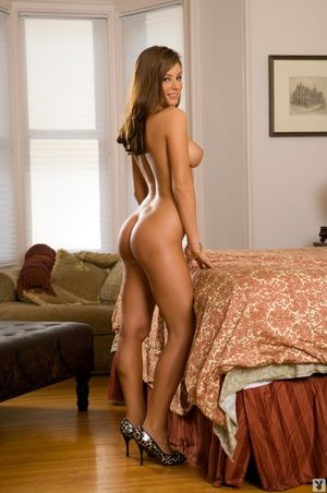 mandy leon naked