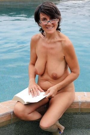 naked family nudist