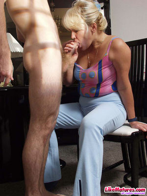 mom pov blonde