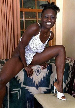 hot black women naked