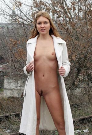sexy girl models naked